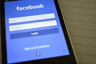 How Effective is Facebook Advertising - facebook login