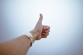 What is a Winning Attitude - thumbs up